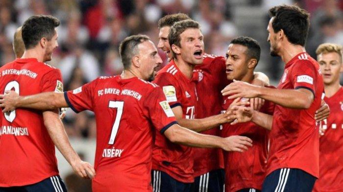 Bayern pun mengakhiri laga dengan keunggulan 4-0 atas Wolfsburg.